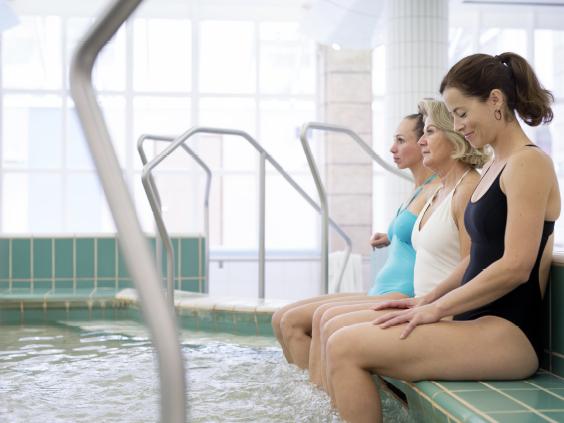 3 femmes en soin thermal